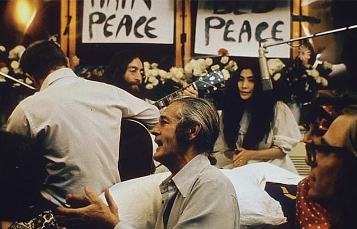 John Lennon Performing Give Peace A Chance 1969